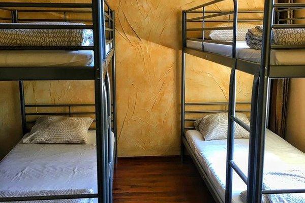 De Luxe Hostel - фото 3