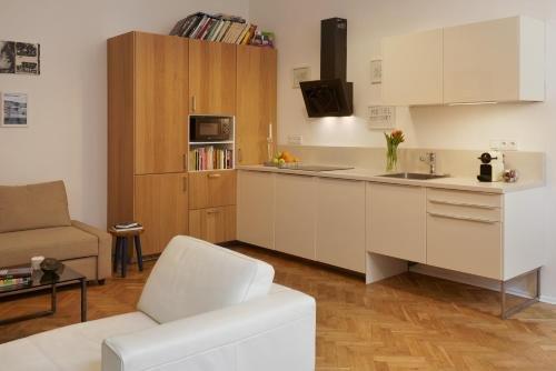 Sunny Prague Apartment - фото 15