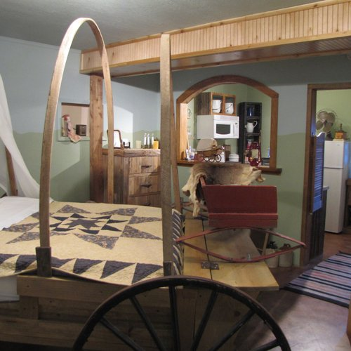 Photo of Covered Wagon B&B/Guesthouse
