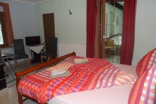 Regenbogen Hotel - фото 1