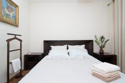 Nana Neman Apartments - фото 1