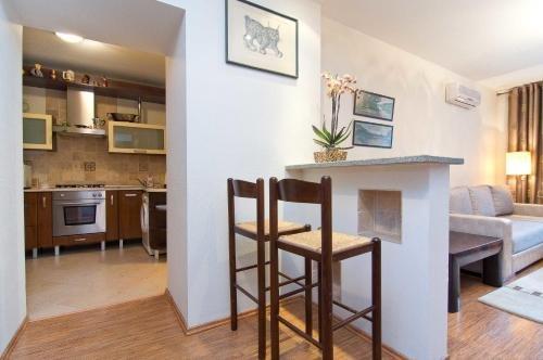 Nana Neman Apartments - фото 11