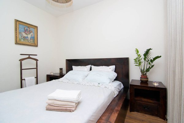 Nana Neman Apartments - фото 3