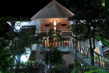 Cocoloco Beach Resort