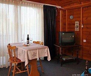 Olive Tree Cabins Ramot Naftali Israel