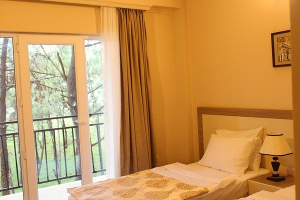 Iveria Elli Hotel - фото 2