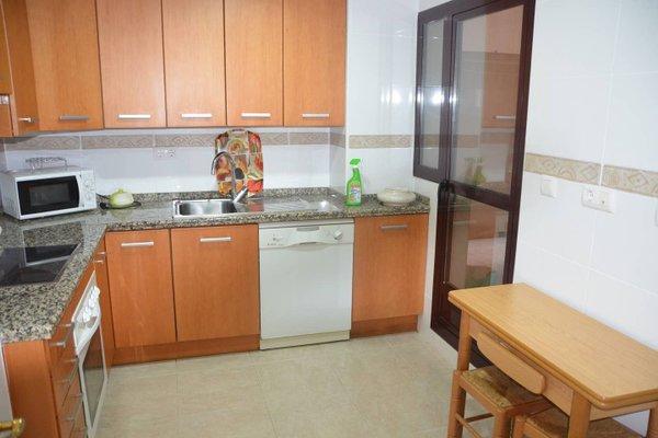 Apartamento con Piscina en Parque Litoral - фото 13