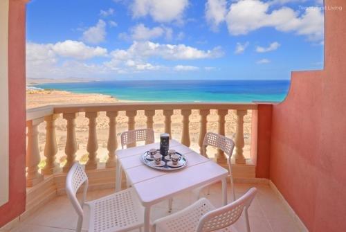 Apartment Playa Paraiso - фото 22