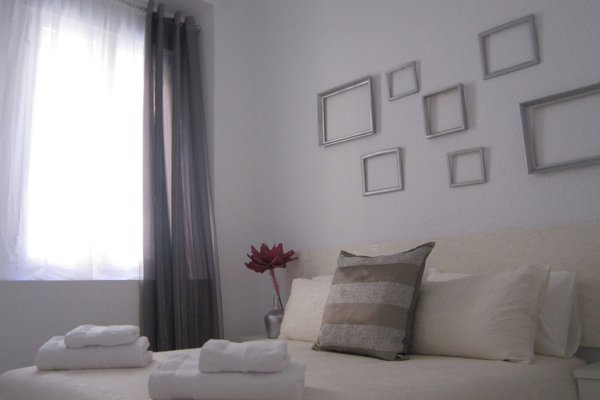 Bromham Apartment - фото 1