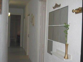 Bromham Apartment - фото 10