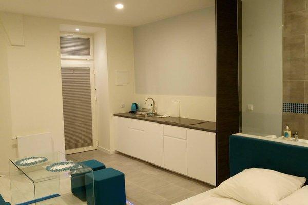 Mirror Apartments - фото 13