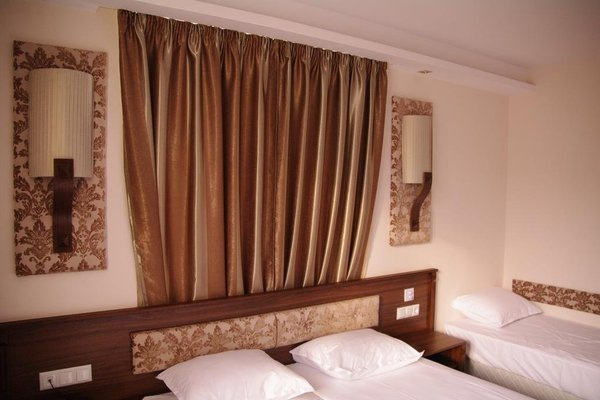 Hotel Aristokrat - фото 4