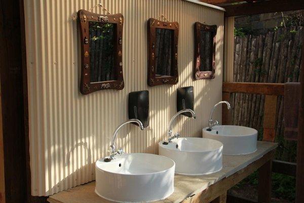 Wildebeest Eco Camp - фото 16