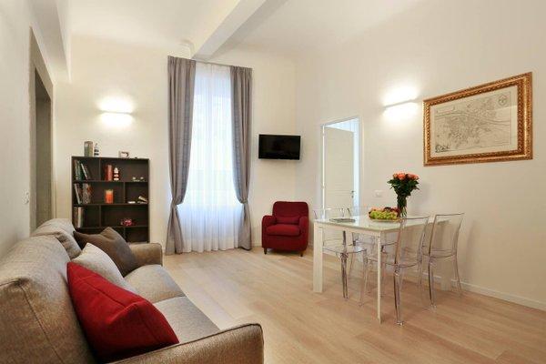 Opera 19 Luxury Apartment - фото 5