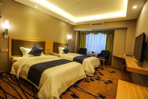 Shi Ji MIng Men Hotel, Pitong