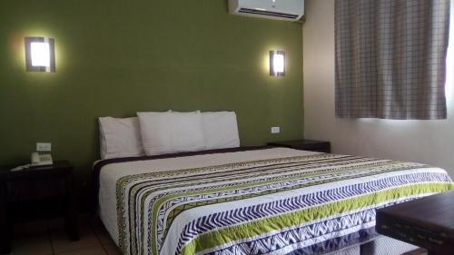 Hotelco Inn - фото 1