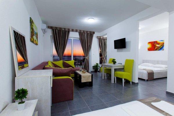 Continental Hotel - фото 6