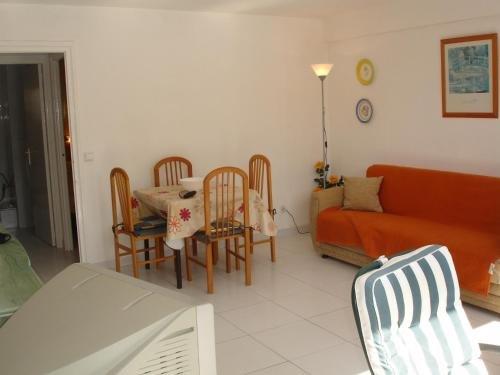 Versalles Apartment - фото 3