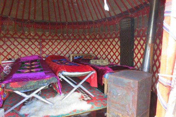 Nomad Yurt Hostel - фото 10