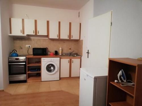 RAILWAY PREMIUM - Studia i Apartamenty Pasieka - фото 2
