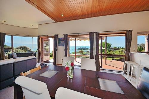 Cliff-top Holiday Home - фото 1