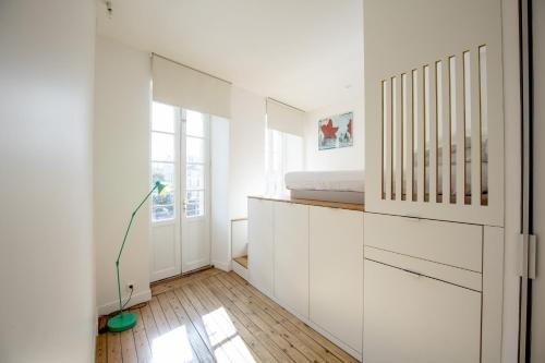 Place Saint Michel Apartment - фото 9