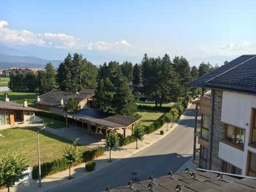 One Bedroom Appartment in Pirin 3 - фото 14