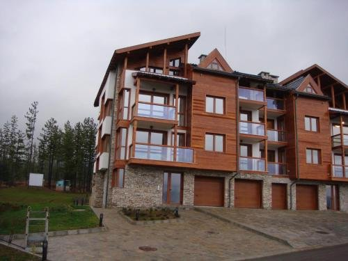 One Bedroom Appartment in Pirin 3 - фото 3