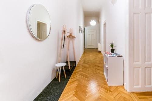 Square Apartment - фото 5