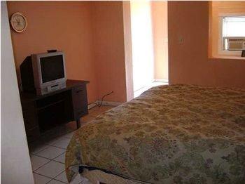 Photo of Gipson Inn Motel