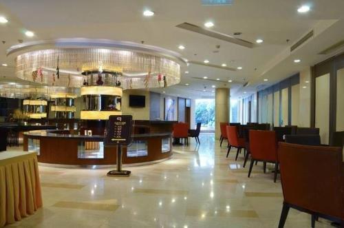 Nine Point International Hotel Chengdu - фото 6