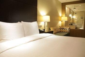 Courtyard By Marriott Kunshan Hotel