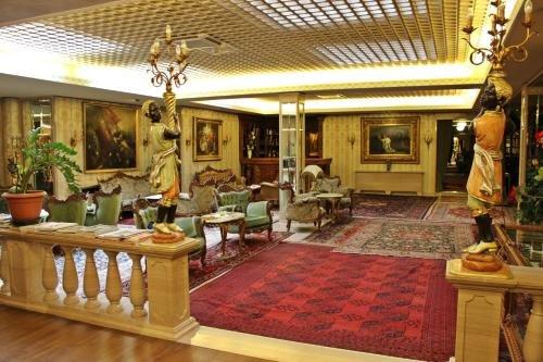Hotel Palais Porcia - фото 10