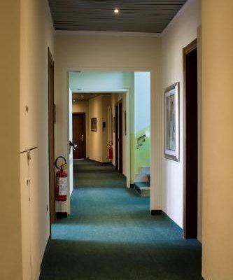 Green Park Hotel - фото 14