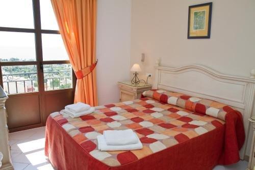 Apartamentos El Toro - фото 1