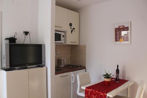 Apartment Matea - фото 11