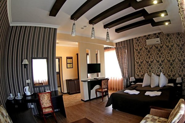 Hotel Lyudinovo - фото 1