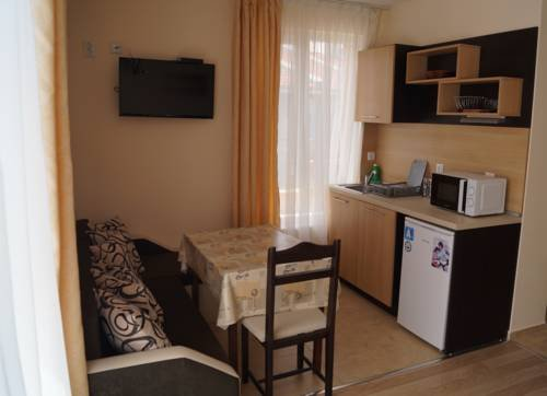 Kozarov Family Hotel - фото 13