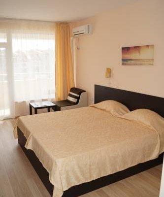 Kozarov Family Hotel - фото 3