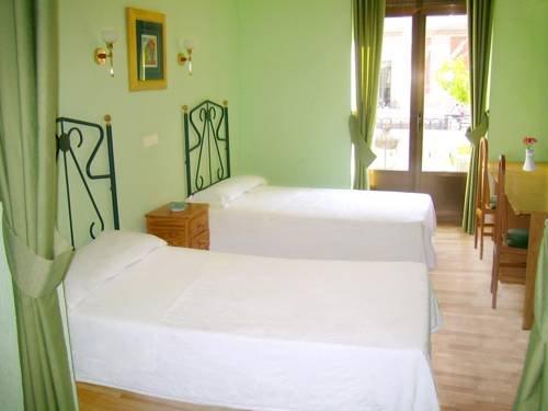 Hostal Residencia Fernandez - фото 1