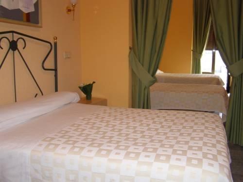 Hostal Residencia Fernandez - фото 2