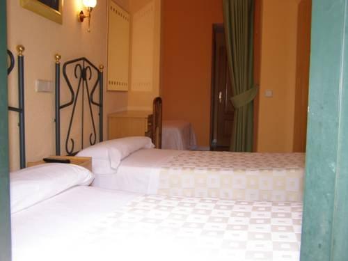Hostal Residencia Fernandez - фото 3