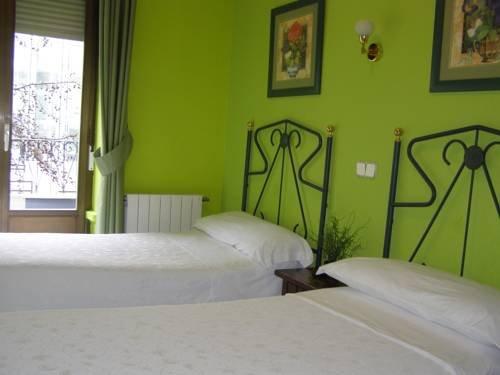 Hostal Residencia Fernandez - фото 4