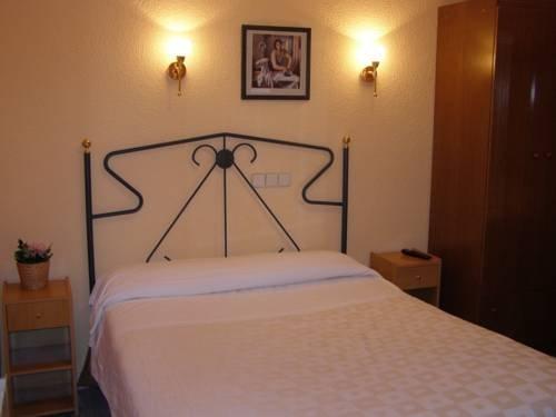 Hostal Residencia Fernandez - фото 9