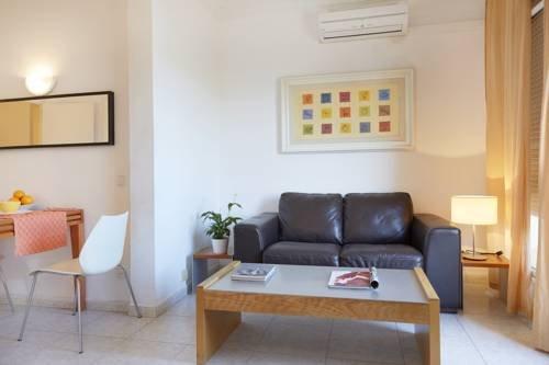 Ainb Diagonal Francesc Macia Apartments - фото 13