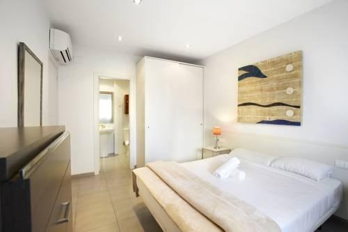 Ainb Diagonal Francesc Macia Apartments - фото 3