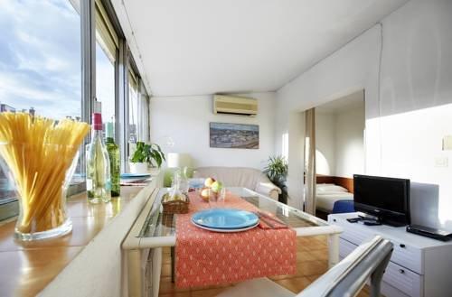 Ainb Diagonal Francesc Macia Apartments - фото 6