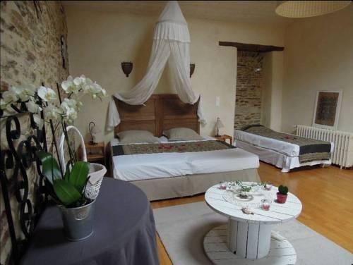 Гостиница «Domaine De La Foresterie», Vertou