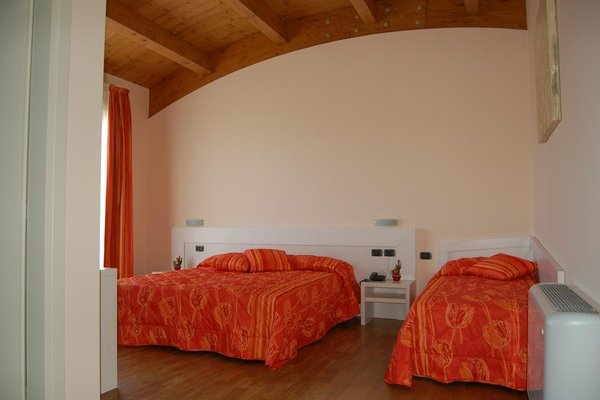 Hotel Flaminio Tavernelle - фото 2