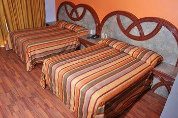 Hotel Estrella de Oriente - фото 1